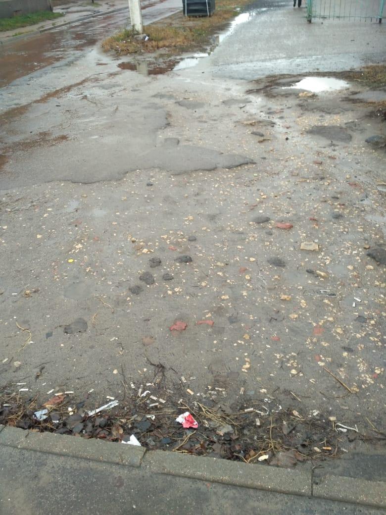 Чуть-чуть не хватило: как отремонтировали тротуар по Колхозной