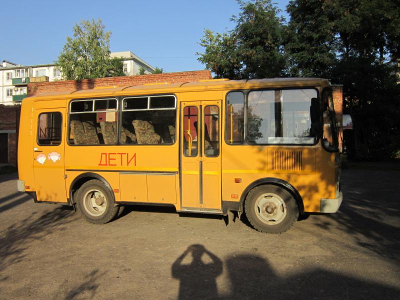Прокуратура сообщает: котовских школьников возили по разбитым дорогам на неисправных автобусах